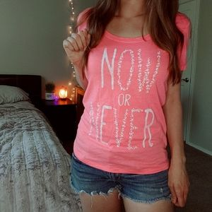 Now or never summery bright pink beachy t-shirt